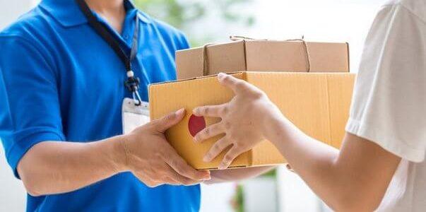 Simulador de custos para envio por correio normal CTT