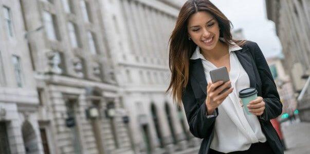 Qual o melhor smartphone até 300 euros?