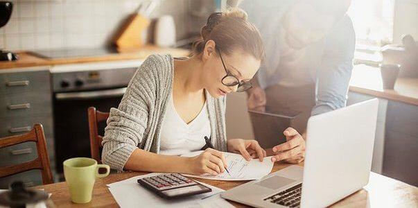 Prazo para validar facturas de 2016 a entregar em 2017
